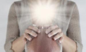 mon-avenir-voyance-ch-le-magnetisme-mains
